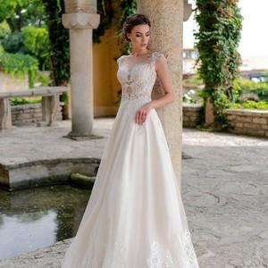 Продам весільнню сукню - Весільний каталог Girko.net 2ba5d21906af6