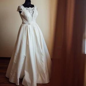 Салоны свадебных платьев в Ужгороде  цены 5a8be42437c20