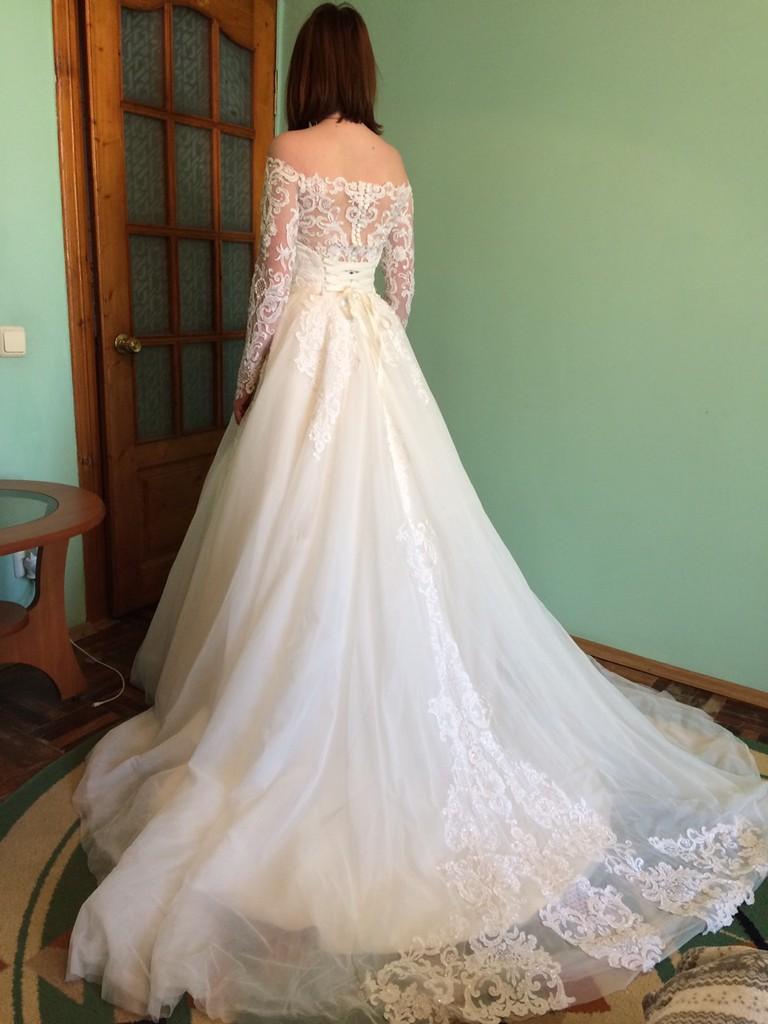 b278b3fe3021e9 Продам шикарне весільне плаття - Весільний каталог Girko.net