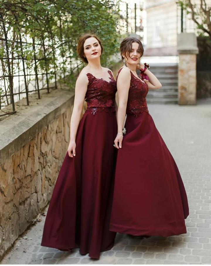 519bae700c3192 SIRAK Вечірні сукні для дружок та свята на прокат - Весільний ...